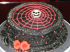Goth birthday cake (christylacy) Tags: red roses black skull goth spiderweb birthdaycake swirls airbrushing decorated christylacy