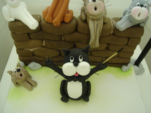 cats choir cake conductor