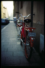 (patrickjoust) Tags: leica red two color film bike bicycle analog 35mm ed nikon focus europa europe flickr fuji mechanical sweden stockholm dusk scanner f14 cosina voigtlander patrick rangefinder slide 1600 v chrome 400 push sverige 40 manual 40mm pushed process m3 scandinavia joust 35 fujichrome range provia finder e6 nokton cv suecia wetzlar stops reversal leitz norrmalm 400x autaut voigtlandernokton40mmf14mc lovelycity patrickjoust