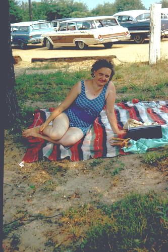 woman bathingsuit