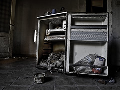 The fridge (Marc Gommans) Tags: urban abandoned moody belgium belgië koelkast doel zd thefridge rottenfood olympuse3 marcgommans fotoclubvenray zuiko1454mk1