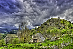 Cantal HDR ( photopade.) Tags: landscape more paysage dauvergne vicinity salers cantal precisely atomicaward prcisment vigilantphotographersunite