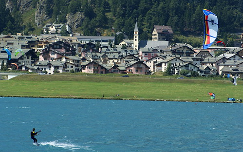 village venté por Riex.