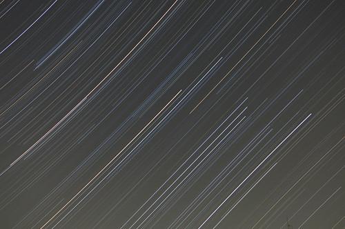 20091020オリオン座流星群(比較明合成)