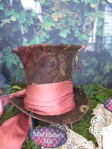 Johnny Depp's Hat by krisjaus