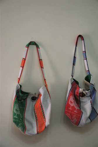 linen bags :: roosters
