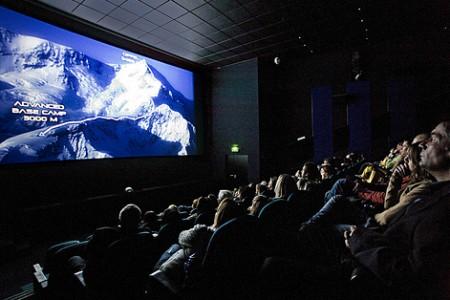 Reportáž z premiéry outdoorovehé filmu MOUNT ST. ELIAS z produkce Red Bullu