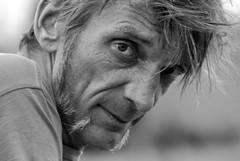 L'homme au naturel (Chanchant) Tags: brussels portrait bw man male men face look noir belgium noiretblanc expression retrato daniel bruxelles yeux blanc hombre homme regard severi danielseveri