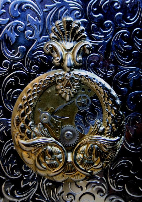 Steampunk Art Nouveau Style Timepiece Cigarette Case - 01