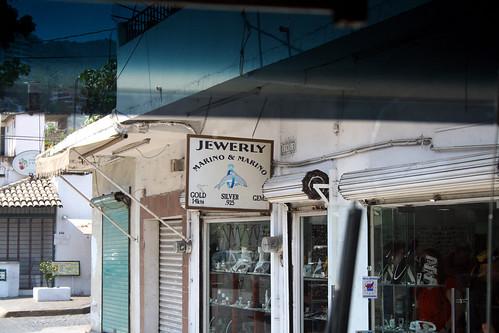 Puerto Vallarta - City and Tropical Jungle Escape Tour - So-Called 'Plaza Genovesa' Stop