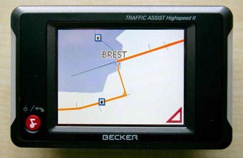 Город Брест: две улицы и две заправки.