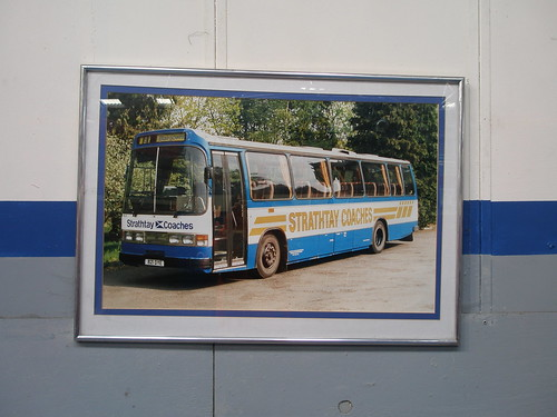 Bus pin-up