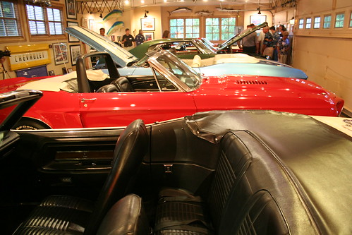 Alan Jackson Garage : Alan jackson car collection information on collecting