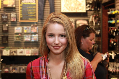 glee dianna agron wallpaper. Glee#39;s Dianna Agron