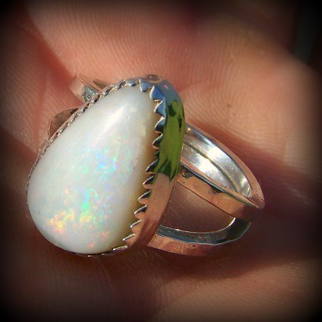 Dragon tear white Opal solid stering silver  ring
