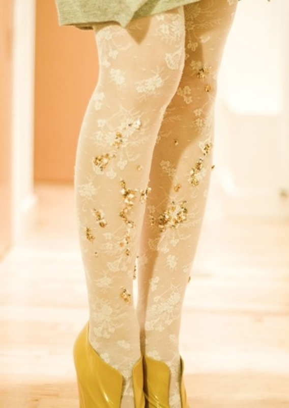 diy tutorial embellished sequined tights 3