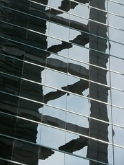 Chicago, Citigroup Center, Reflection (Mary Warren (7.3+ Million Views)) Tags: urban distortion chicago abstract reflection skyscraper helmutjahn diagonals chicagoarchitecture
