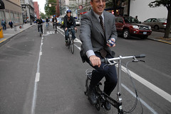 Andy Clarke on Portland's buffered bike lane-1
