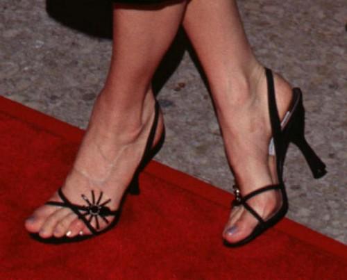 pike feet Rosamund