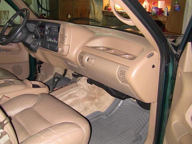 chevrolet suburban 1995