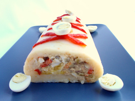 Stuffed potato roll