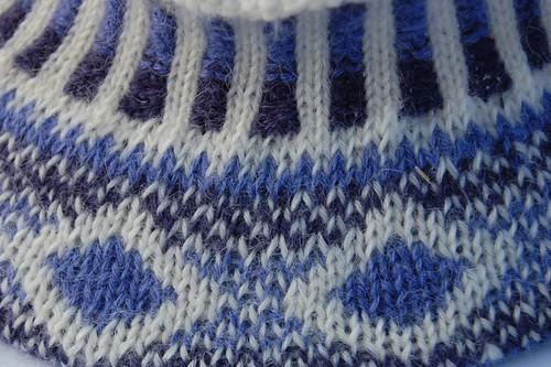 Closeup on cinquefoil hat