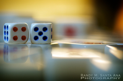 A Pair Of Dices On Mahjong Tiles