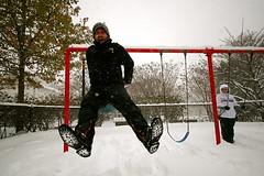 Jump! (ivan | sciupac) Tags: friends snow washingtondc ryan photowalk dcist dslr rockcreekpark canonefs1022mmf3545usm snowpocalypse eosdigitalrebelxti snomg snopocalypse