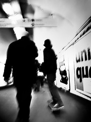 Surfin' the wave (philoufr) Tags: blackandwhite motion blur paris speed subway noiretblanc mtro flou mouvement ratp vitesse garesaintlazare canonpowershots90