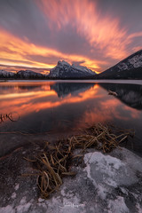 Vermilion Lakes (shaunyoung365) Tags: mountain mountains sunrise vermilion canada clouds winter reflection snow sonya7rii