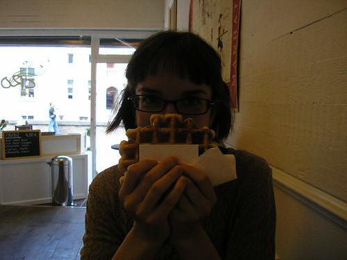 i eat waffle, bruges