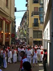 450px-Pamplona_Sanfermines_Calle_San_Nicolas