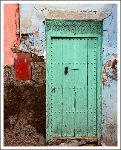Marrakech style door by Zé Eduardo....