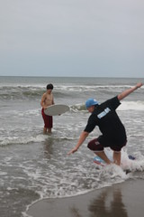 IMG_9550 (gashomo) Tags: beach skimboard oceanana
