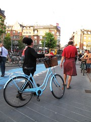 Blue Bike Red Pedestrian (velomama) Tags: urban woman girl bike bicycle copenhagen denmark mujer chica cyclist femme transport cycle commute stadt frau bicyclette kopenhagen fille fahrrad vlo fiets cycliste urbain copenhague cyclechic