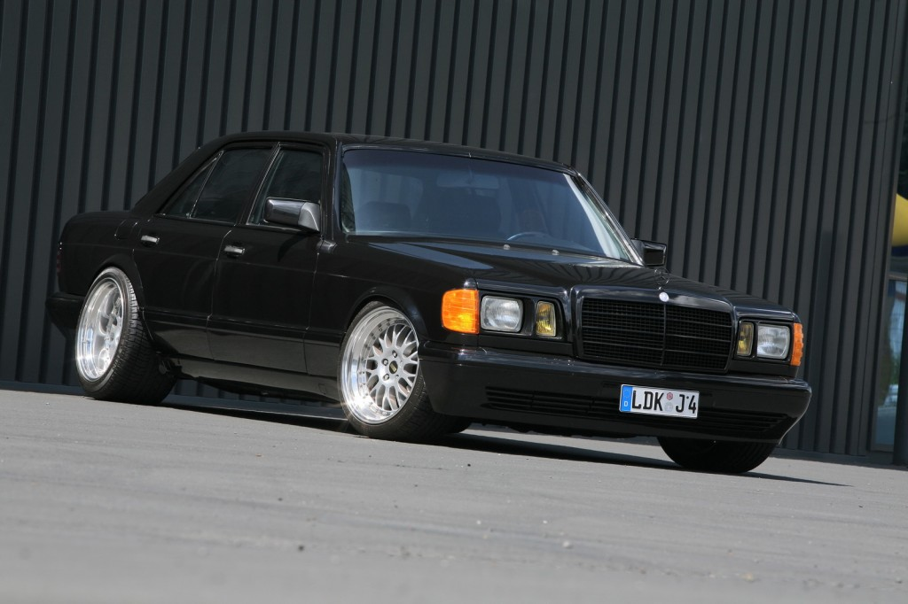 Mercedes W126 (the Queen) 3881373518_98e2afa361_o