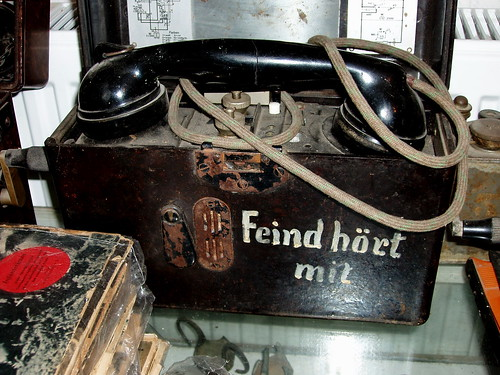 askifou german field telephone