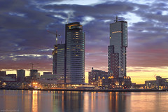 Veerhaven (Reografie) Tags: sunset zonsondergang rotterdam montevideo veerhaven skyscrapper wpc wolkenkrabber wilhelminapier bej ubej nibbie reografie
