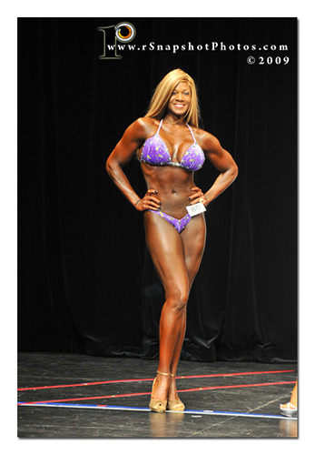 Female Bodybuilder Dildo 121