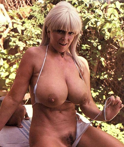 : blond, tits, milf, bossom, samples, mature, thick, breasts, candy, juggs