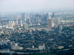 Overlooking Makati City... (xelor (on and off)) Tags: sky airplane air aerialview aerial manila makati