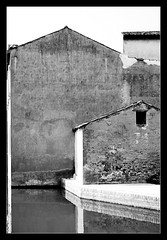 End in the Years (zerantuno) Tags: bw italy house water casa nikon italia bn acqua comacchio artcafe d80 zerantuno casoni