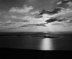 La Dune du Pyla, vue mer (FX Communication // Photo Lab) Tags: blackandwhite bw france photography photo frankreich europa europe noiretblanc photos thomas dune