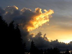 Dusk (jkeenan501) Tags: clouds oregon dusk inoregon oforegon