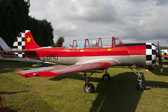 G-CBMD - 822710 - Private - Bacau Yak-52 - Little Gransden - 090830 - Steven Gray - IMG_0660