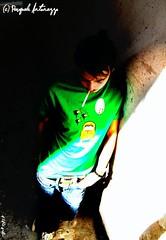 Luce. (Pasquale Antonazzo & Dj Vale) (Pasquale Antonazzo) Tags: verde dj vale pasquale azzurro bianco luce lecce reportage sigaretta traia sparata supersano