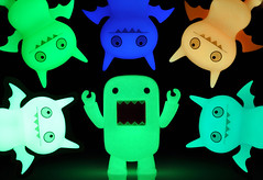 Domo Goes Batty (ecpica) Tags: toys glowinthedark domo uglydoll screaming icebat gid davidhorvath playcommy