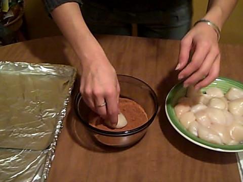 Dredging Sea Scallops in Cajun Rub