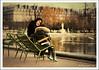 Affection maternelle (tany_kely) Tags: street autumn boy urban woman paris france water lady digital automne canon garden eos rebel 50mm pond eau quiet child f14 femme mother jardin mum seats tuileries usm enfant chaises garçon xsi bassin urbain mère 450d tranquilles