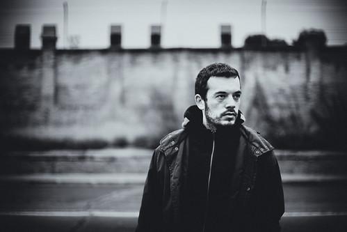 フリー画像| 人物写真| 男性ポートレイト| 外国人男性| イケメン| モノクロ写真| ポルトガル人|     フリー素材|